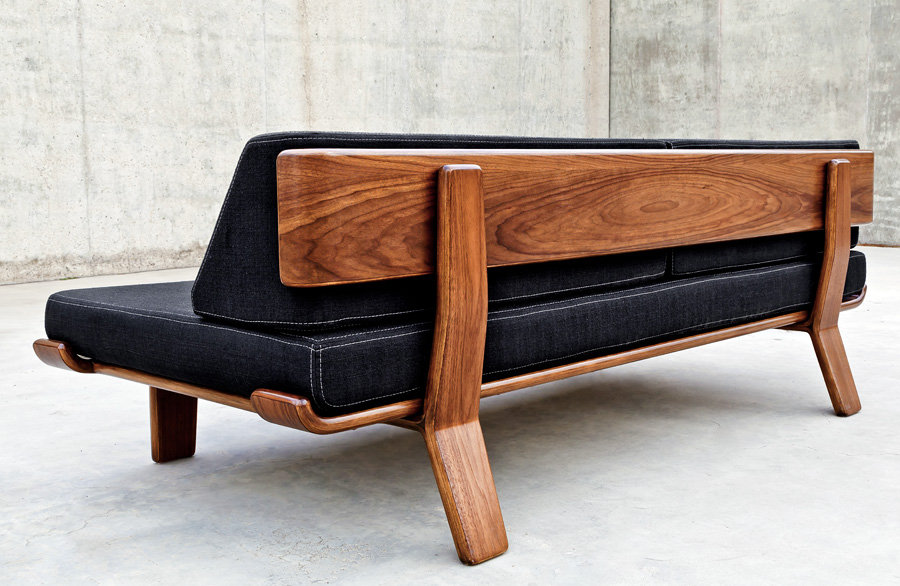 Modernica Case Study V Leg Daybed Couch Hive Modern